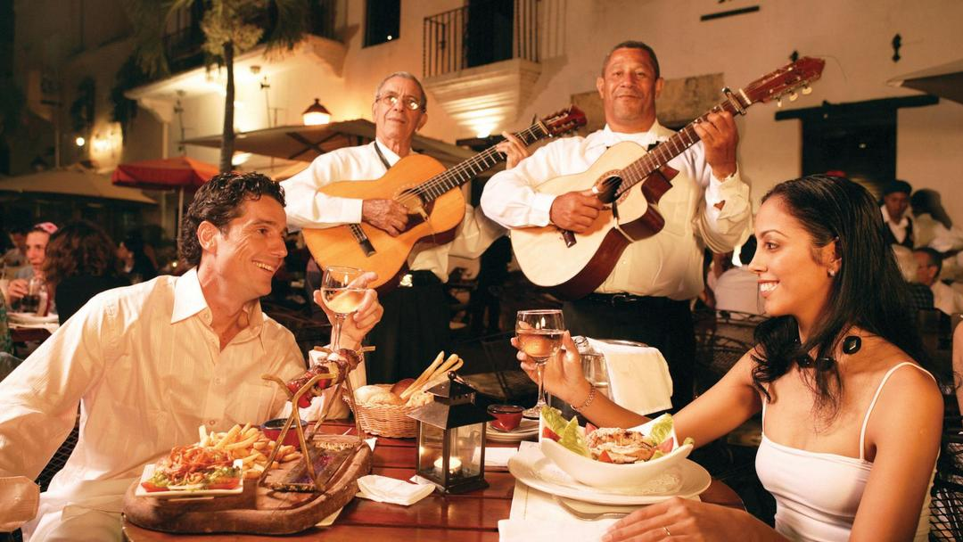 Romantic Dinner in the Zona Colonial