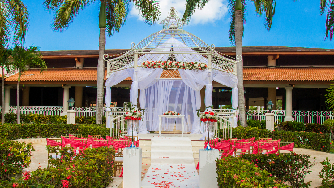 Destination Wedding at Grand Bahia Principe