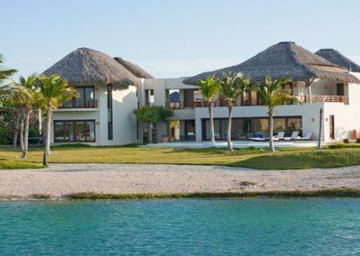 Villa Once